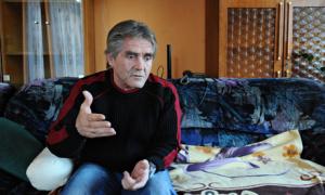 Homeless Hungarian man László Andraschek